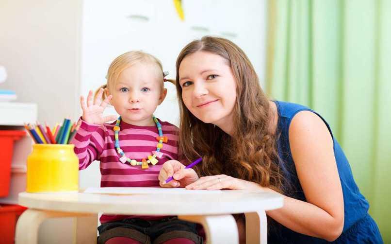çocuk bakıcılığı ve yaşlı bakıcılığı