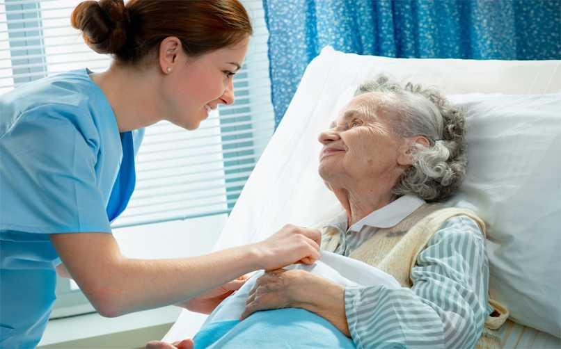 Yaşlı Bakıcılığında Olması Gereken Özellikler