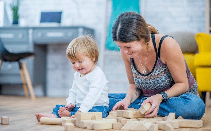 Çocukla oyun oynamak ve yeni şeyler üretmek