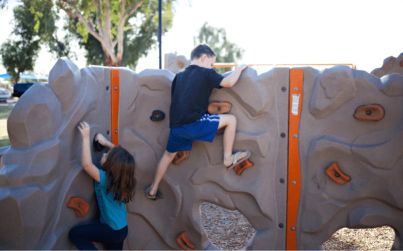Kimler çocuk oyun merkezi açarak para kazanabilir